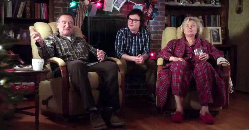 The Bajan Reporter A Merry Friggin Christmas Fea Late Robin Williams The Bajan Reporter Robin Williams Robin Lauren Graham