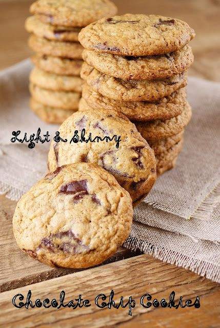 Light & skinny choc chip cookies [ 25 Skinny & Healthy Holiday Desserts