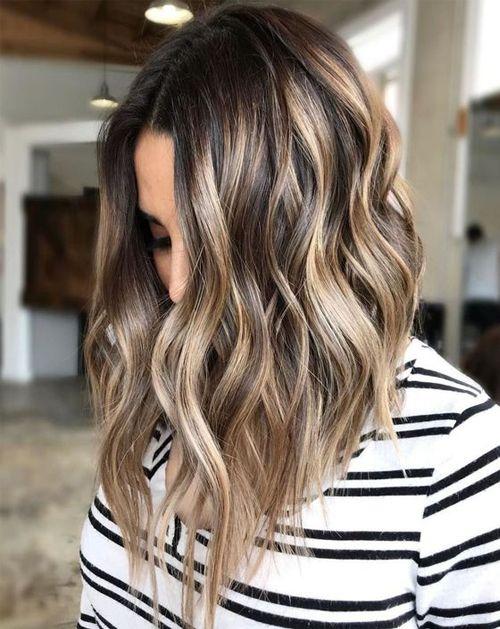Easy Angled Bob Hairstyles For Medium Length Hair Bayalage Light Brown Hair Hair Color Light Brown Balayage Hair