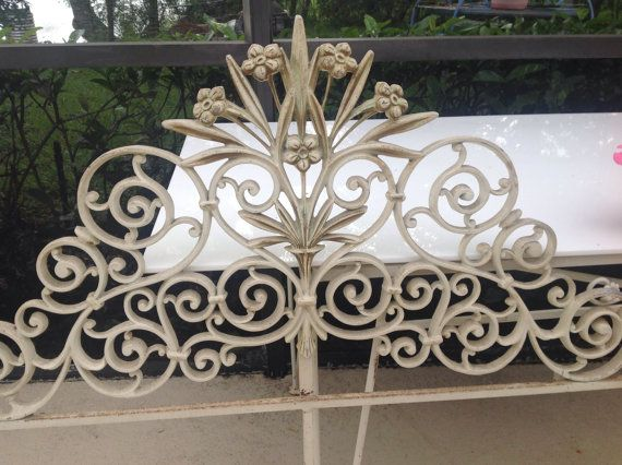 Cast Iron Twin Headboard Shabby Chic Paris Apt At Retro Daisy Girl Twin Headboard Shabby Chic Shabby Chic Cottage