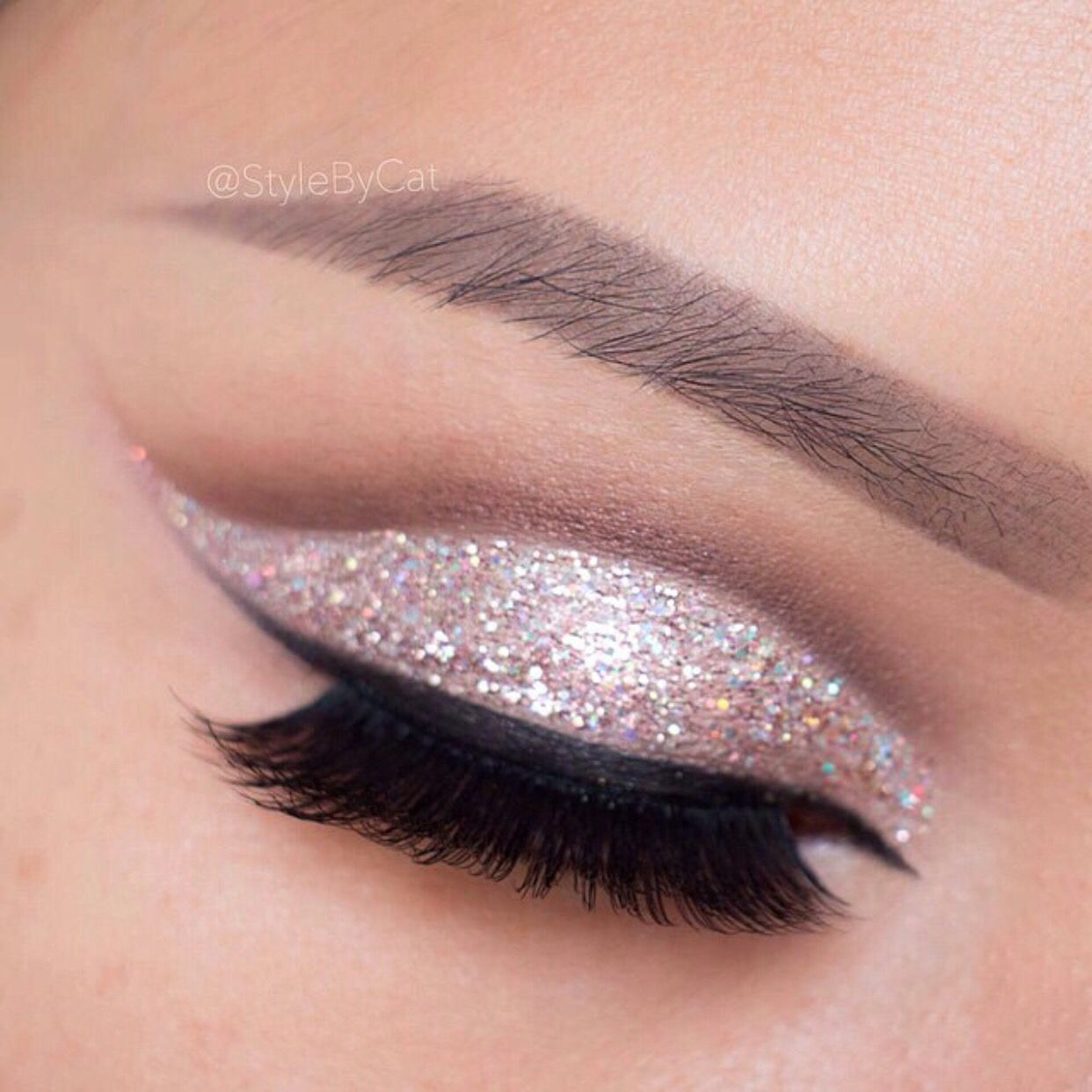 glitter cut crease | lashes & brows artistry | pinterest | makeup