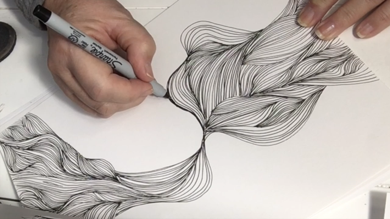 Short video of tangled zentangle, doodle for relaxation. Easy and fun, learn to draw a Tangle