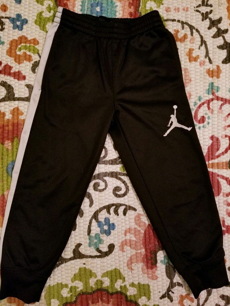 fc801d1b Jordan 4XS Black And White Sweatpants #fashion #clothing #shoes ...