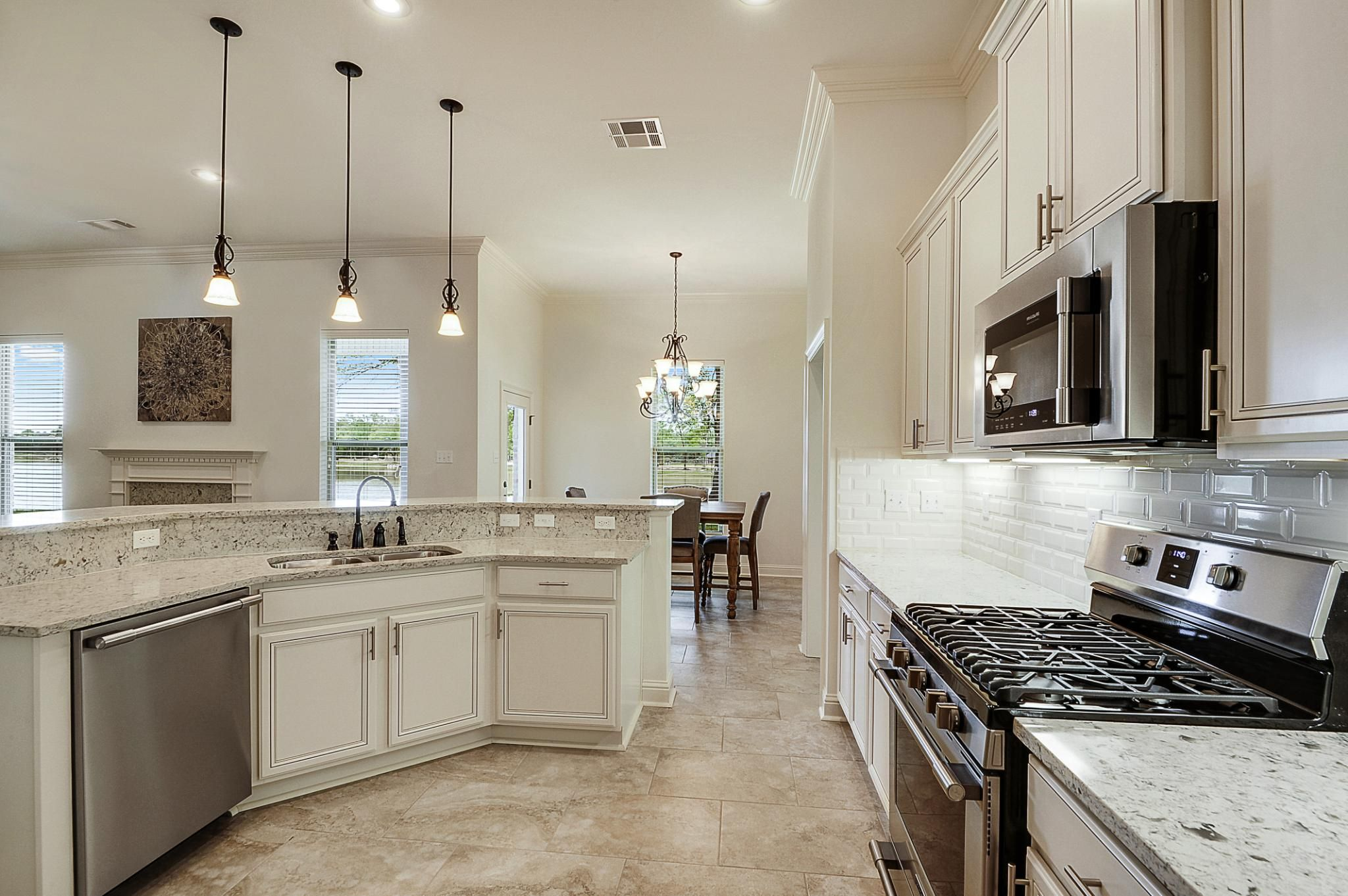 Spring Lakes Model Home Deacon Iv A Floor Plan In 2020 Outside House Colors New Homes Home