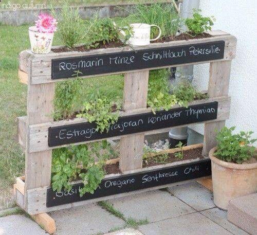 tag re fines herbes avec bois de palettes jardin jardins potager et jardinage. Black Bedroom Furniture Sets. Home Design Ideas