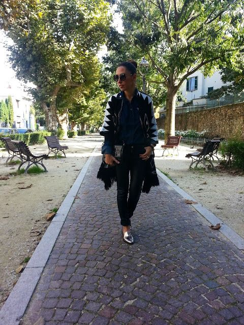 Mode in Italy by Elena S.: BLACK AND FRINGE