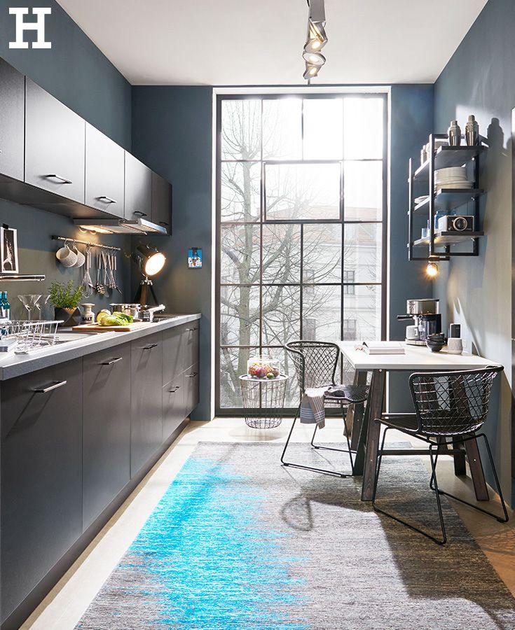 Eine #Küche in schwarz wirkt edel und liegt immer im # ...