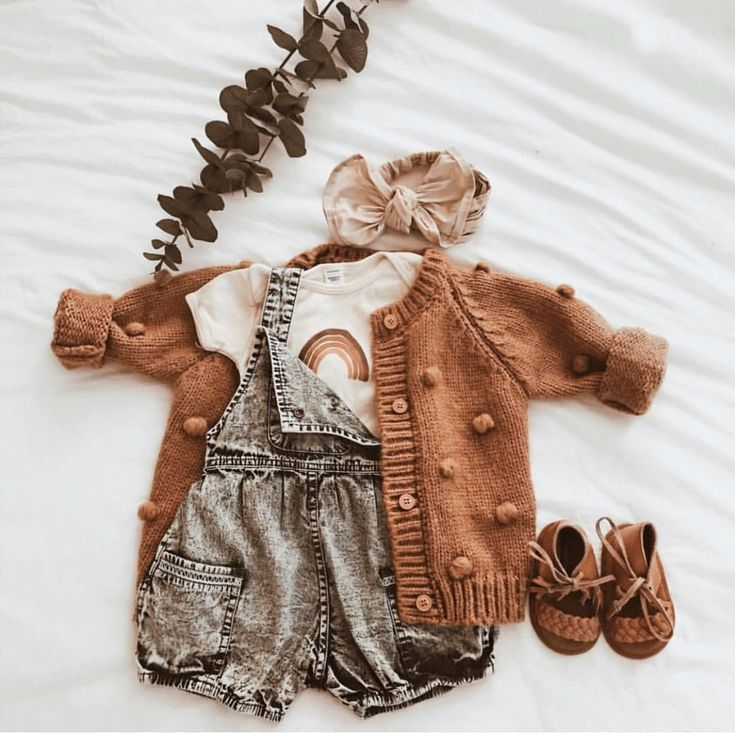 cute autumn baby outfit 9