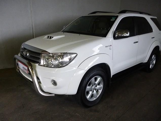 You Can T Miss Out On This Dominating Vehicle Our 2011 Toyota