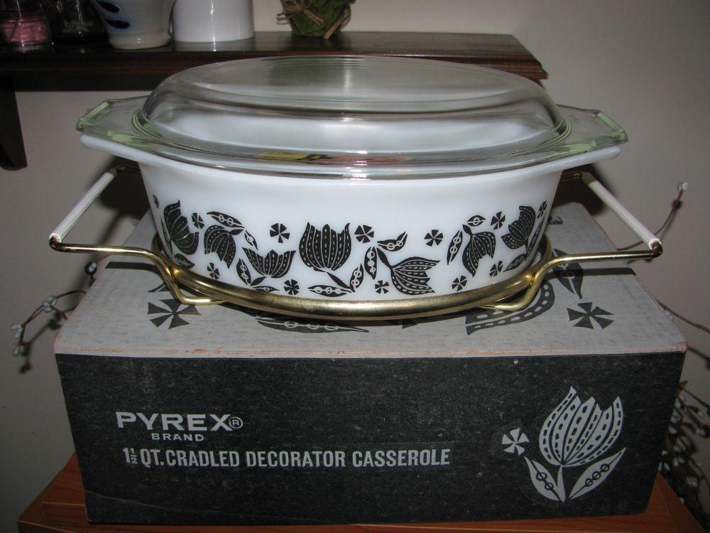 Vintage 50 S Pyrex Black Tulips 1 2 Qt Casserole With Cradle Mint In Orig Box Glassware Dishware