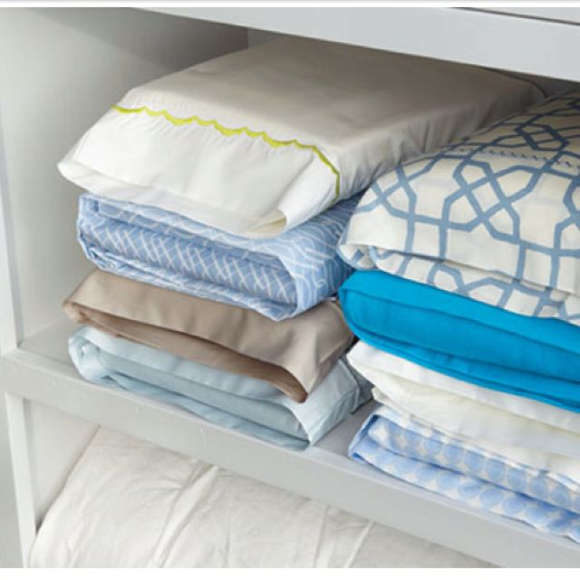 Put Bedding Sets In Their Own Pillow Case No More Messy Linen Closets And Searching