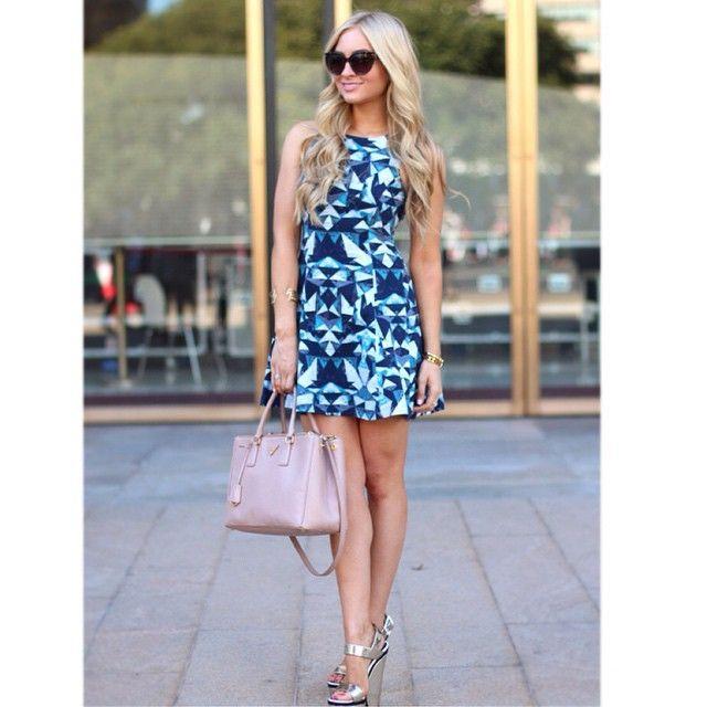 """@dicas_de_moda_e_estilo's photo: """"Boa tarde!! Look  inspiração  Gostaram desse vestido?  #namodaechique #dicasdemodaeestilo #nice #love #instablog #lookinspiração #tonomodain"""""""