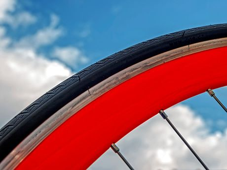 How To Select The Right Tire Pressure For Your Road Bike My Love