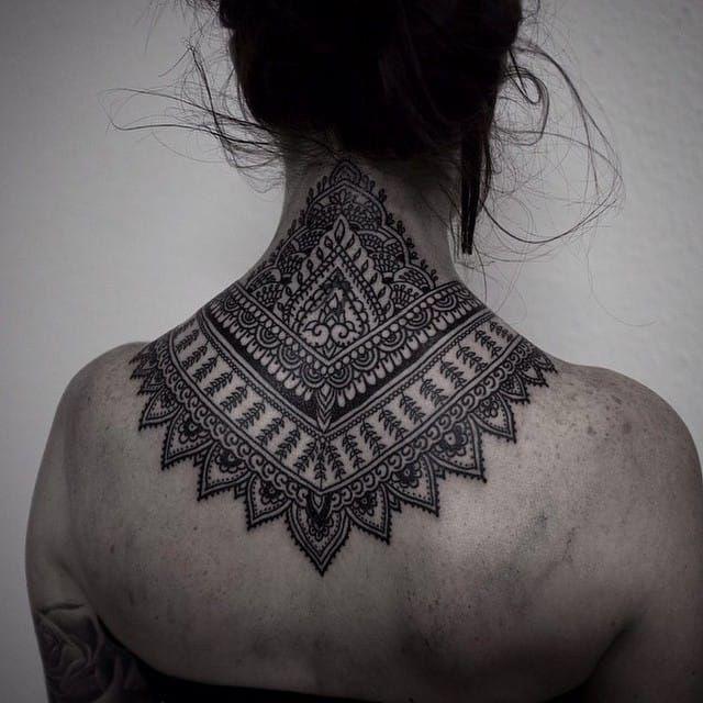 https://www.tattoodo.com/a/2015/06/16-elegant-and-bold-nape-tattoos/