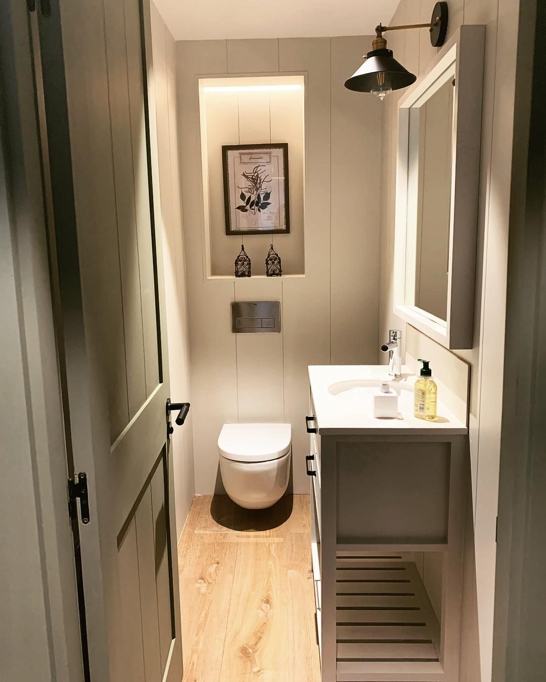 Cuca arraut interiors on instagram aprovechando todos los espacios con este peque o aseo de - Cuca arraut interiorismo ...