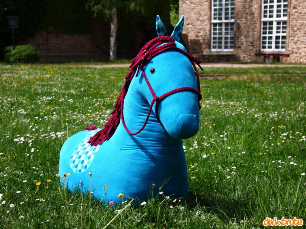 Stoffpferd aus dem Schnittmuster | Nähen Kids | Pinterest ...