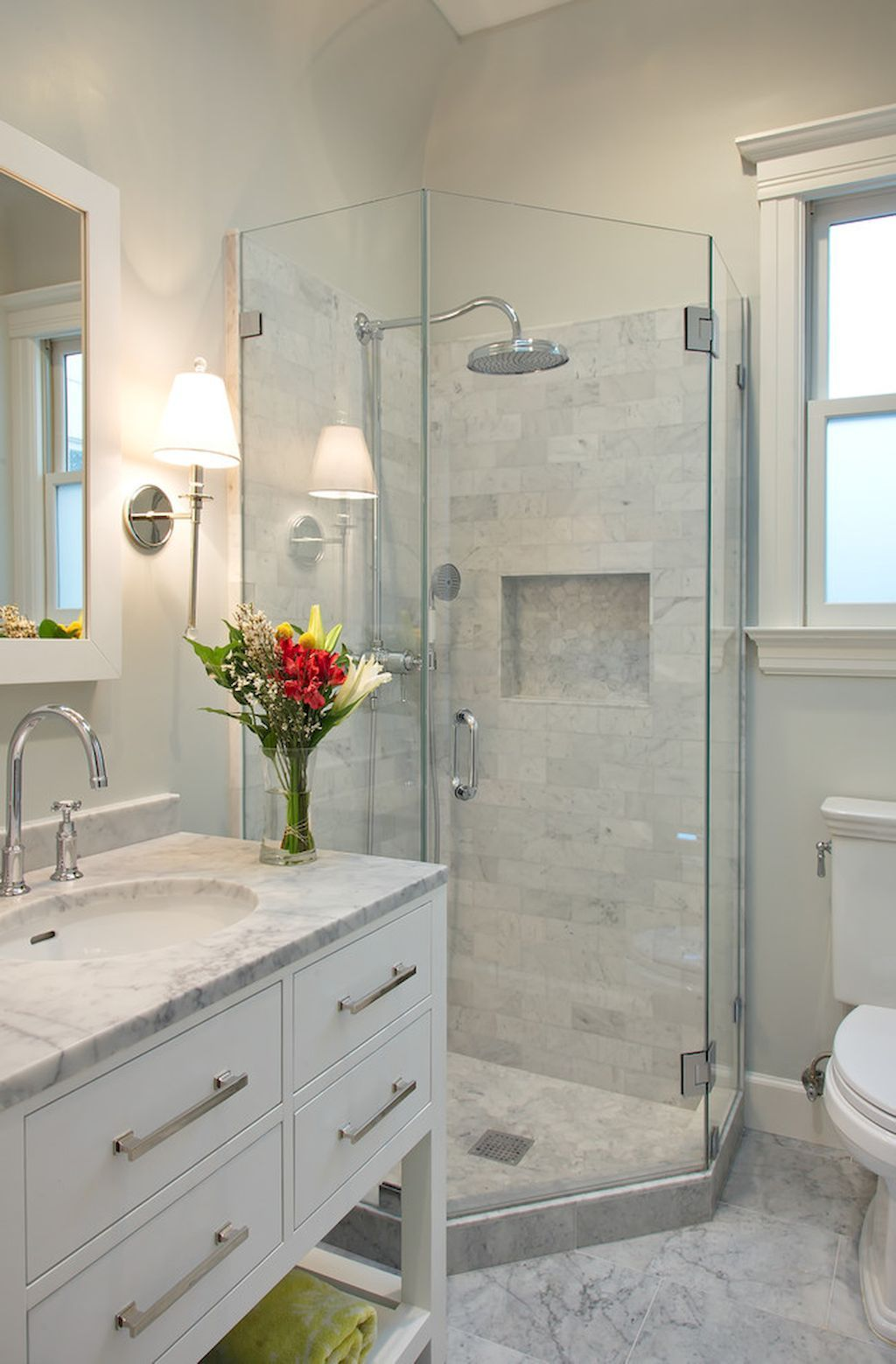 55 Cool Small Master Bathroom Remodel Ideas | Master bathrooms ...