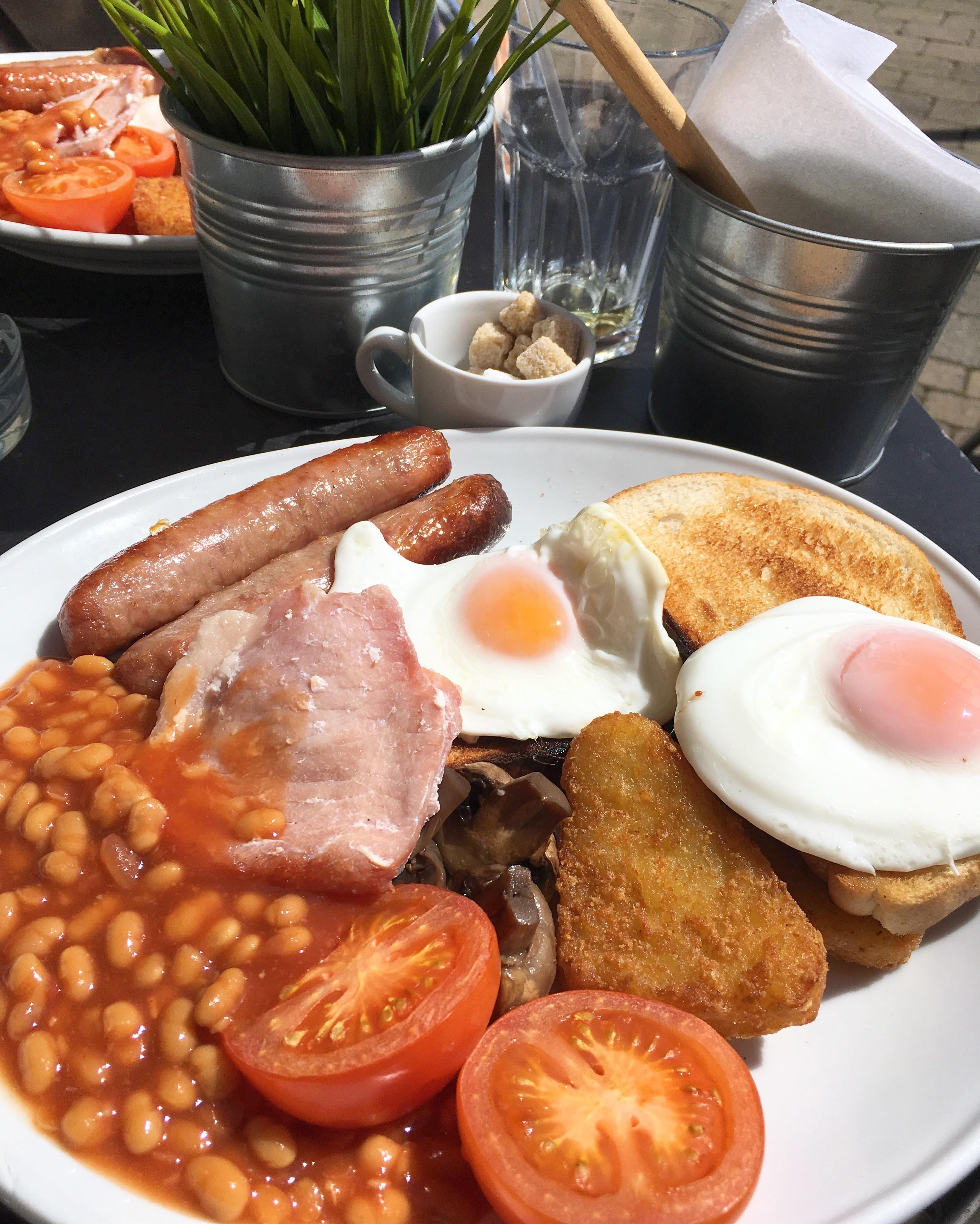 [I Ate] English Breakfast In Birmingham England