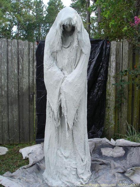 IDEAS  INSPIRATIONS Halloween Decorations, Halloween Decor - outdoor ghosts halloween decorations