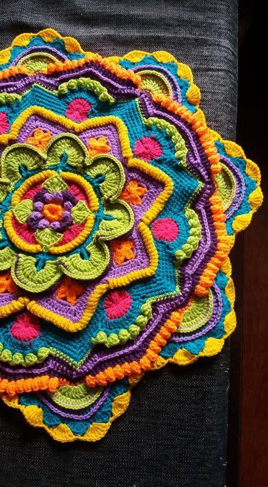 Mandala Crochet Blanket - Knitting Bordado #crochetmandalapattern