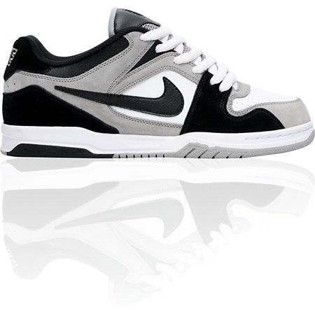 Pence dormitar tirano  Nike 6.0 Air Zoom Oncore Medium Grey, Black & White Shoe