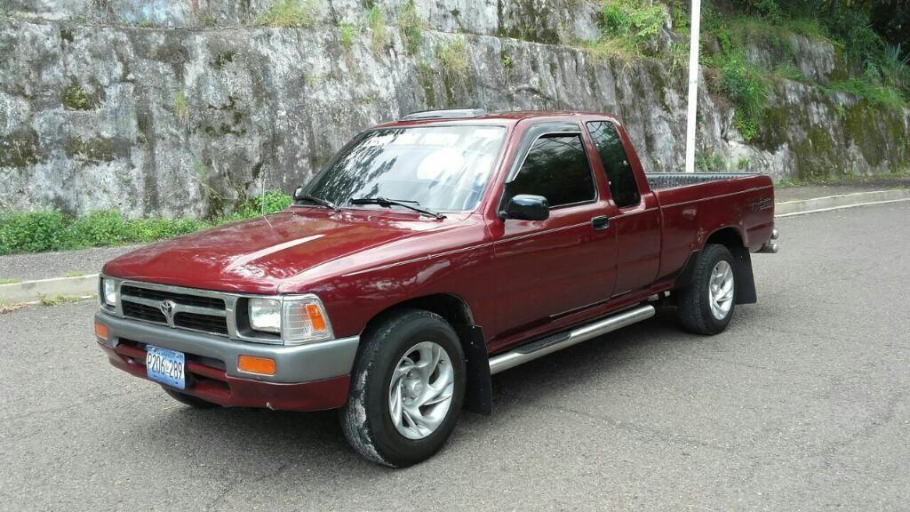 Venta De Carros En El Salvador >> Toyota Hilux 22r Inyectado Estandar Carros En Venta San Salvador