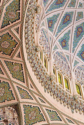 Detail inside the Sultan Qaboos Hall, Al-Ghubrah or Grand Mosque, Muscat, Oman…
