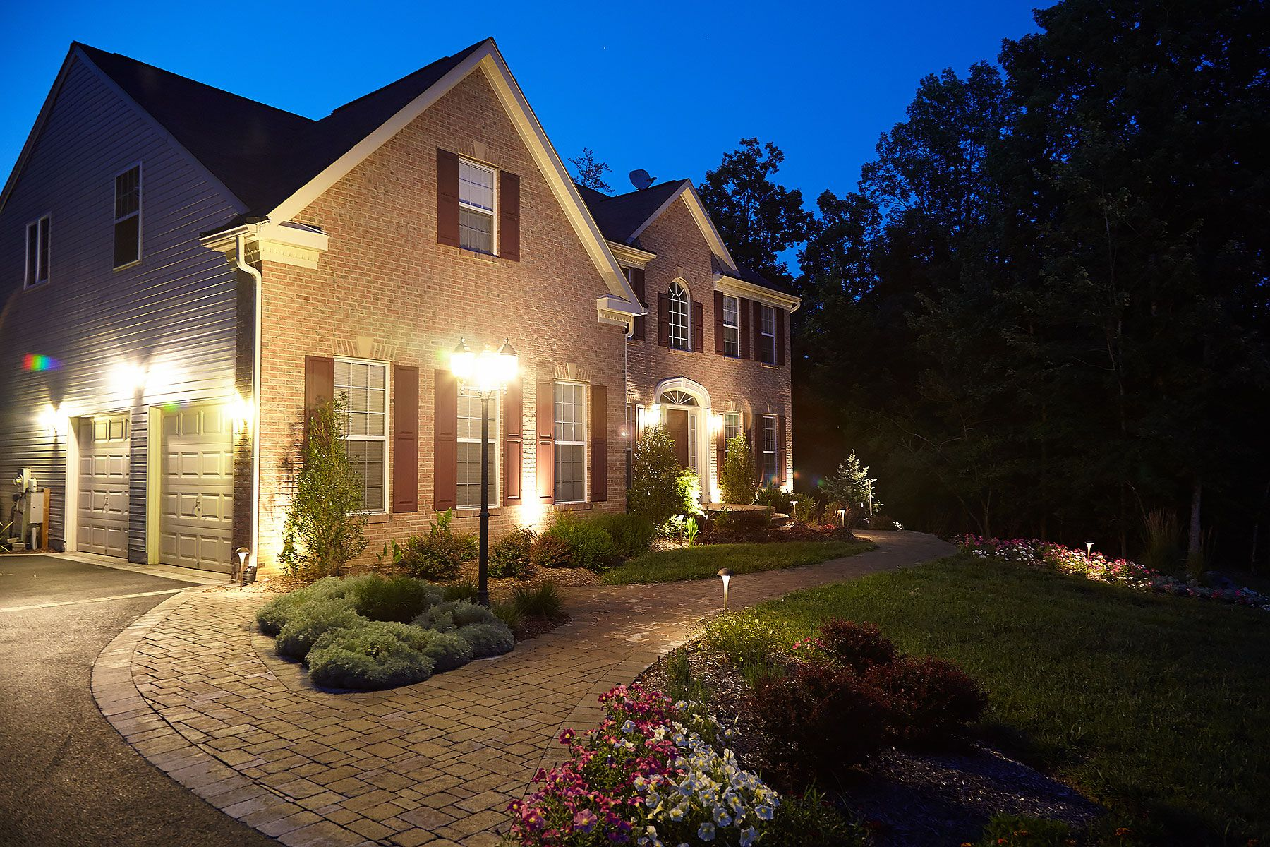 Www Sharpercut Com Night Lighting On New Plantings And Hardscapes With Images House Styles Landscape Lighting Hardscape