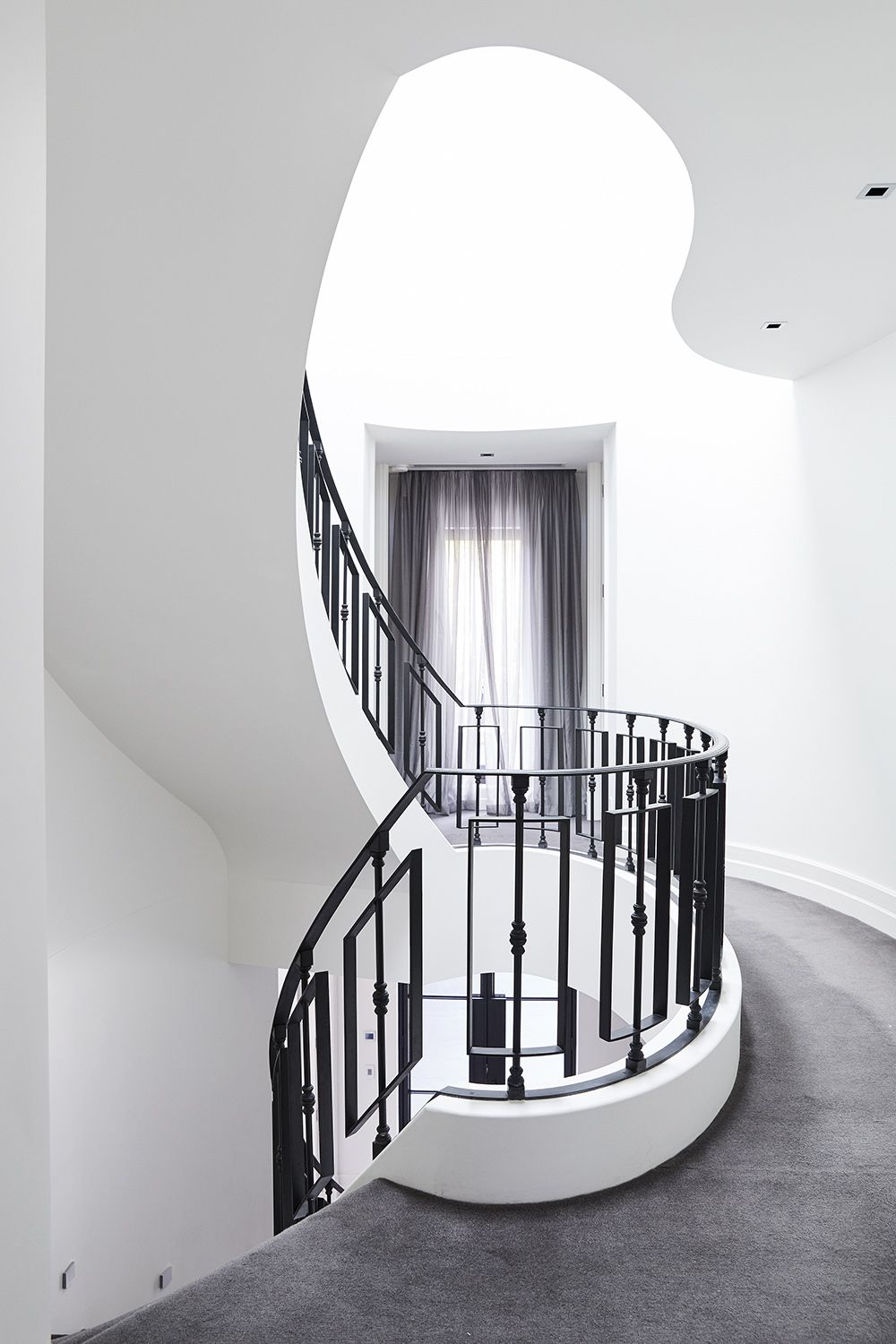 Stairs | Curved Staircase | Carpeted Stair | Wrought Iron ...