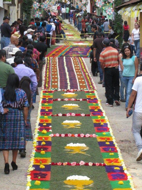 Alfombras de aserr n para el paso de la procesi n de corpus christi 2014 alfombras de aserr n - Alfombras portugal ...
