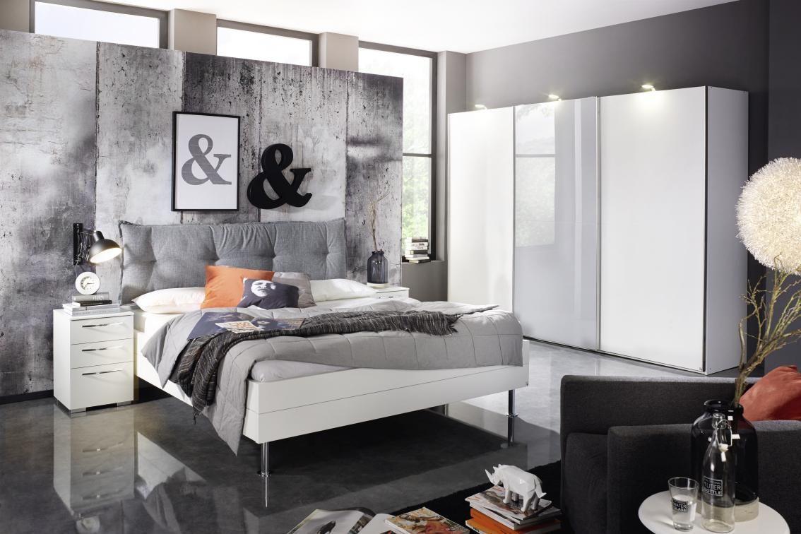 In Kombination mit Grau wirkt Weiß neutral und modern.