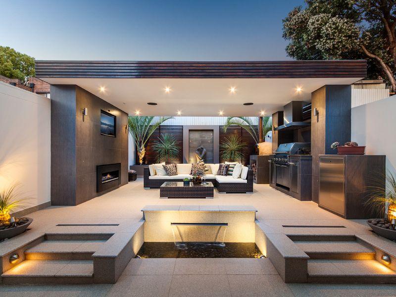 30 Fresh and Modern Outdoor Kitchens | Buitenkeuken ... on Garden Entertainment Area Ideas id=68395