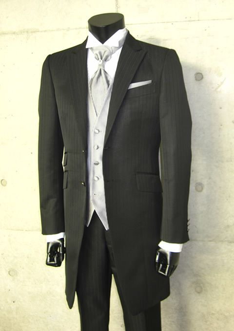2013 New Designed Discount Black Groom tuxedos /Prom suit for Grooms ...