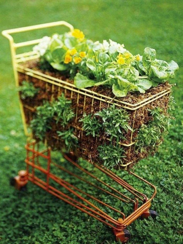 Manualidades faciles - cómo hacer jardineras originales Pinterest - como hacer una jardinera