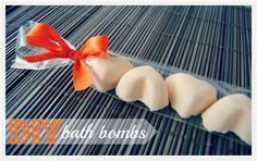 I am obsessed with LUSH bath bombs, little did i know they are SO easy to make!