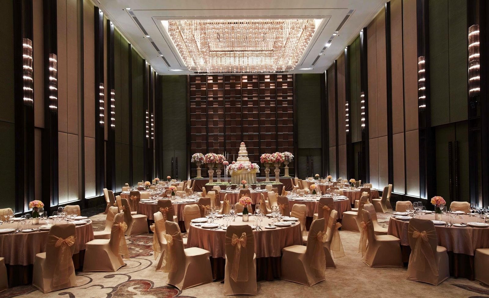 grand ballroom theatre idhotel pinterest luxury