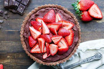 21 Delicious Desserts To Make Now That Strawberries Are In Season