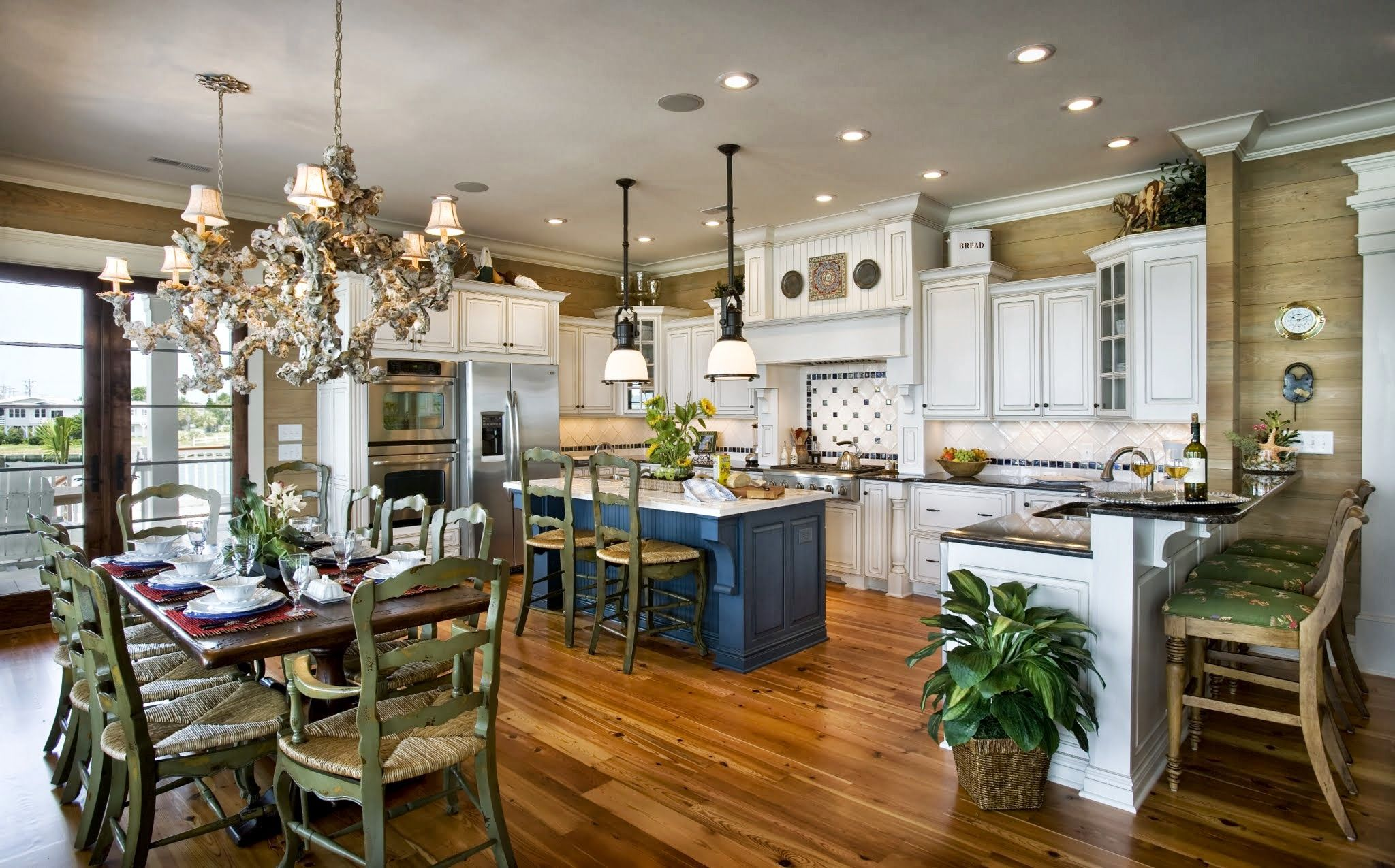 Henry Iii Inlet Harbour Custom Design Chd Interiors Southern Kitchenscountry