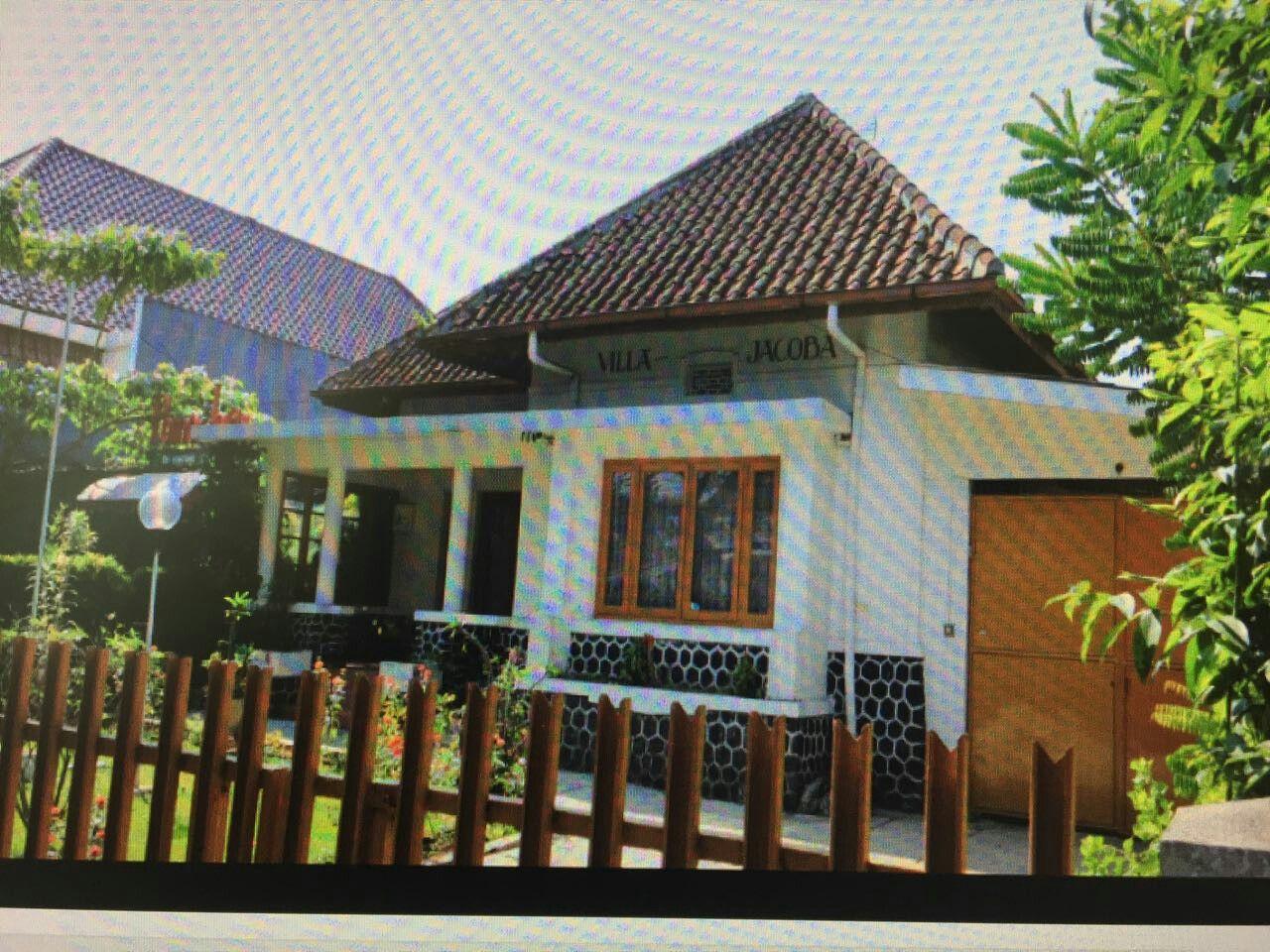 Desain Villa Jaman Kolonial Belanda & Desain Villa Jaman Kolonial Belanda | rumah belanda | Pinterest ...