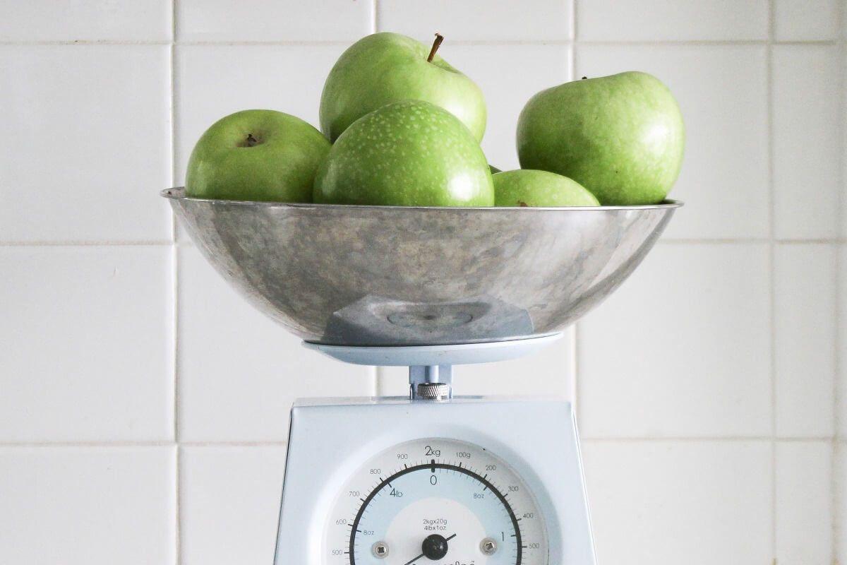 Sommerküche Wiki : Sommer sonne abnehmzeit sommerküche obst und gemüse und teller