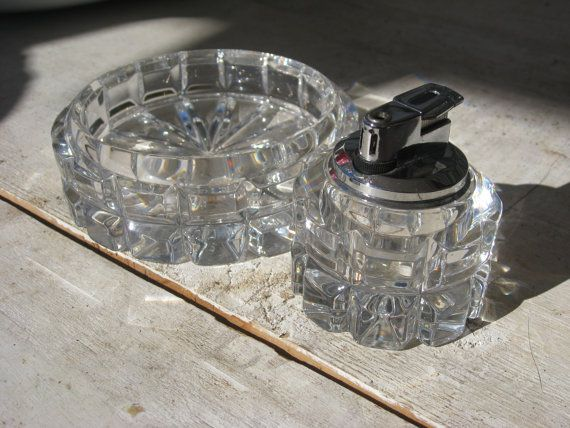 Stunning Collectible Crystal Glass Ashtray Table By Msmalleycat Crystals Ashtray Mad Men Decor