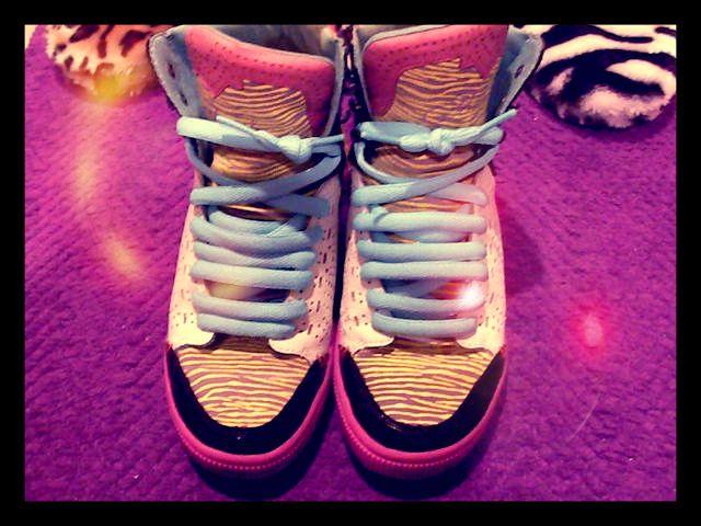 Sneaker addict #DIESEL