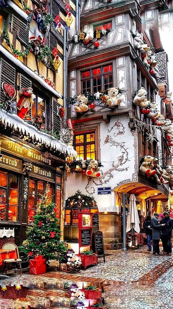 Christmas - France - STRASSBOURG - Old Street-01-0