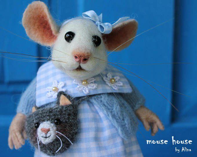Mouse with Bear, Needle Felted Mouse, White Mouse, Dressed Mouse, Soft Sculpture, Needle Felted Animal, Cute Felt, Eco Toy, Art Doll #needlefeltedcat
