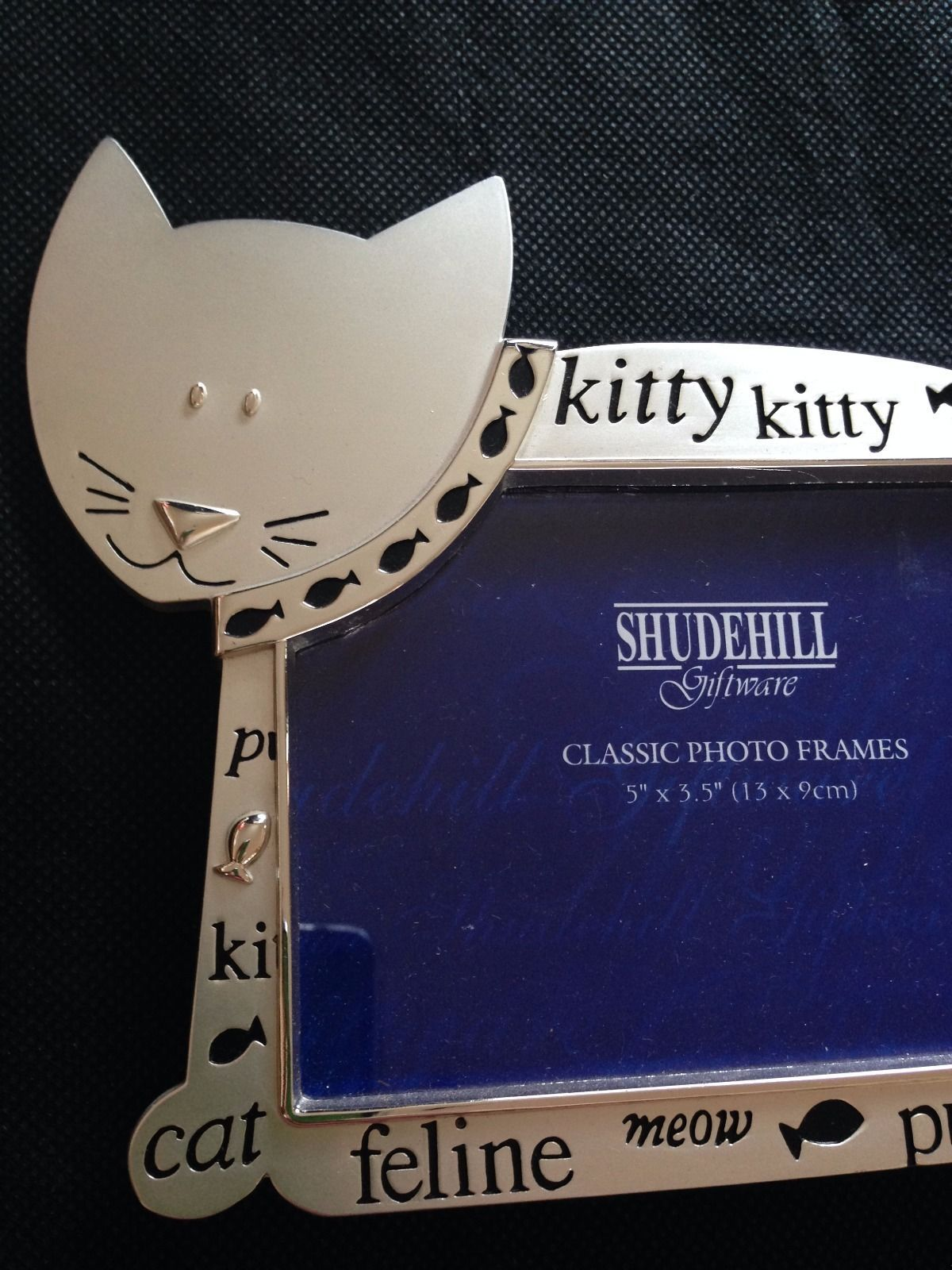 """Silver plated 'cat' picture frame -5"""" x 3.5"""" (13cm x 9cm) 