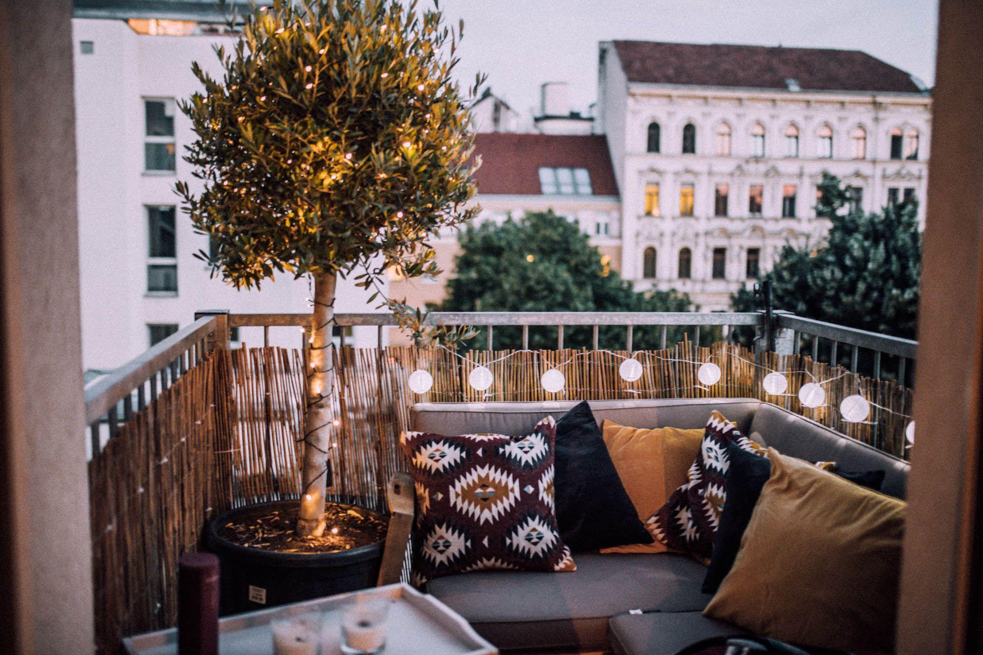 """Photo of """"new home"""" – mein kleiner Balkon"""