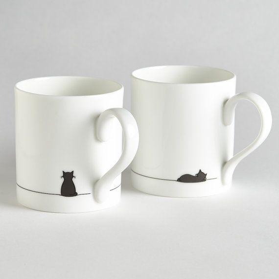 Sitzend, Katze und schlafen Katze Becher Set von zwei, Fine Bone China Becher, Cat Lover Geschenke verpackt, kleine Kaffeetassen