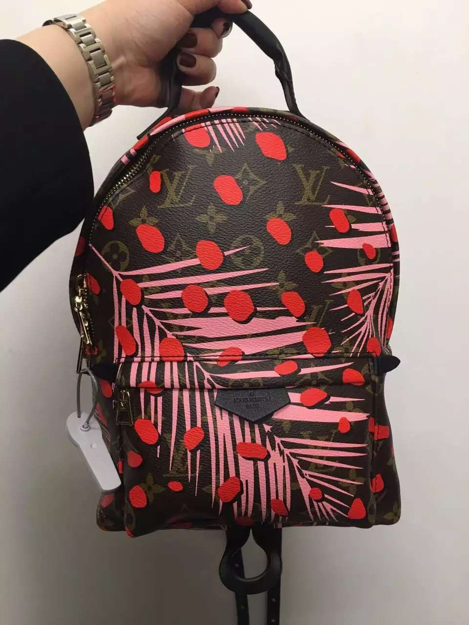 166ee27883a5 Louis Vuitton Palm Spring Backpack PM M41981 Sugar Pink Poppy  www.luxwomenstore.com  louisvuittonbags  palm  louisvuittonpalm   louisvuittonhandbag  lv ...