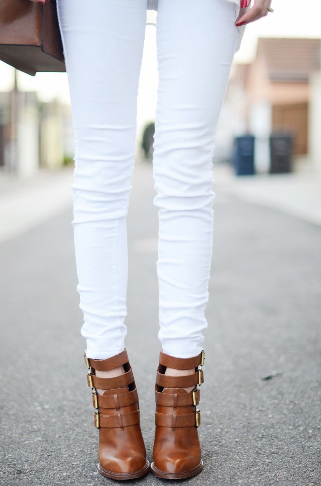 Super stylish white denim is always a hot trend for spring and summer fashion.