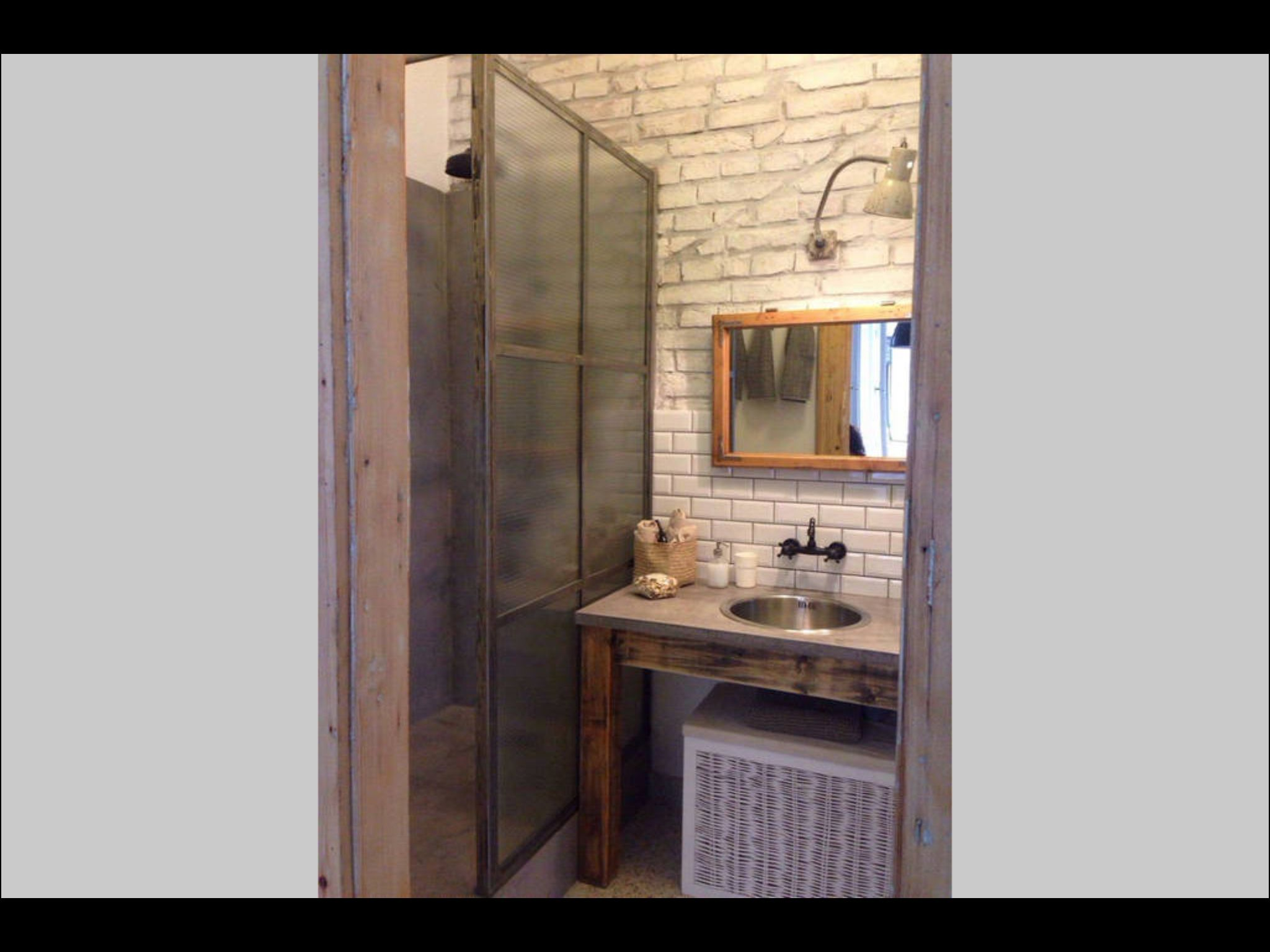 Bathroom Https Airbnb Com Rooms 7442907 User_id 23002776 S